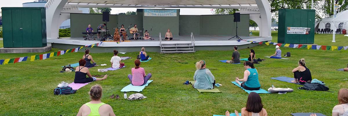 peterborough-living-yoga-at-yoga-festival